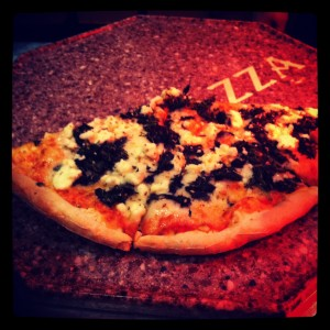 بيتزا السبانخ