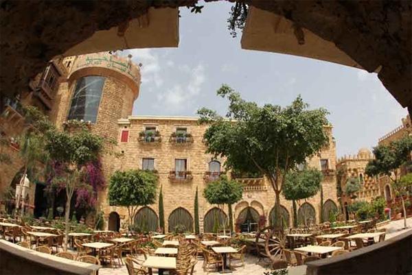قرية الساحة التراثية