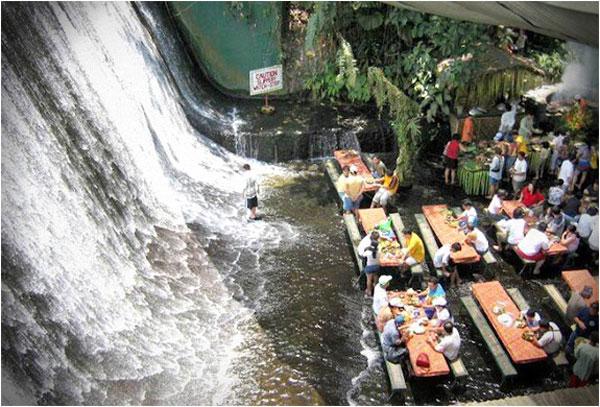 بالصور اغرب مطاعم فى العالم Waterfall-restaurant-philippines